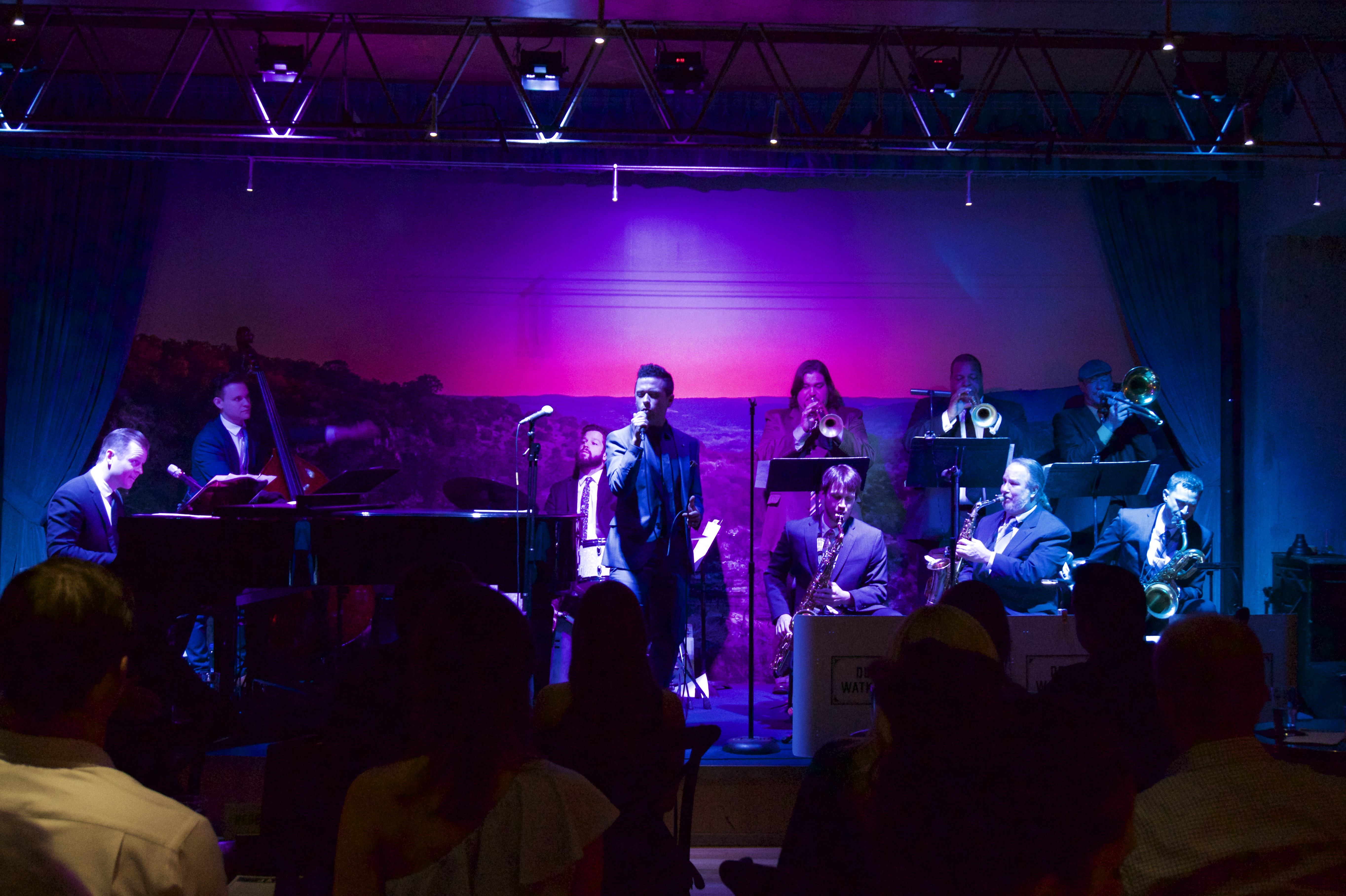 The Real La La Land Stuns Audience At Jazz Tx The Paisano