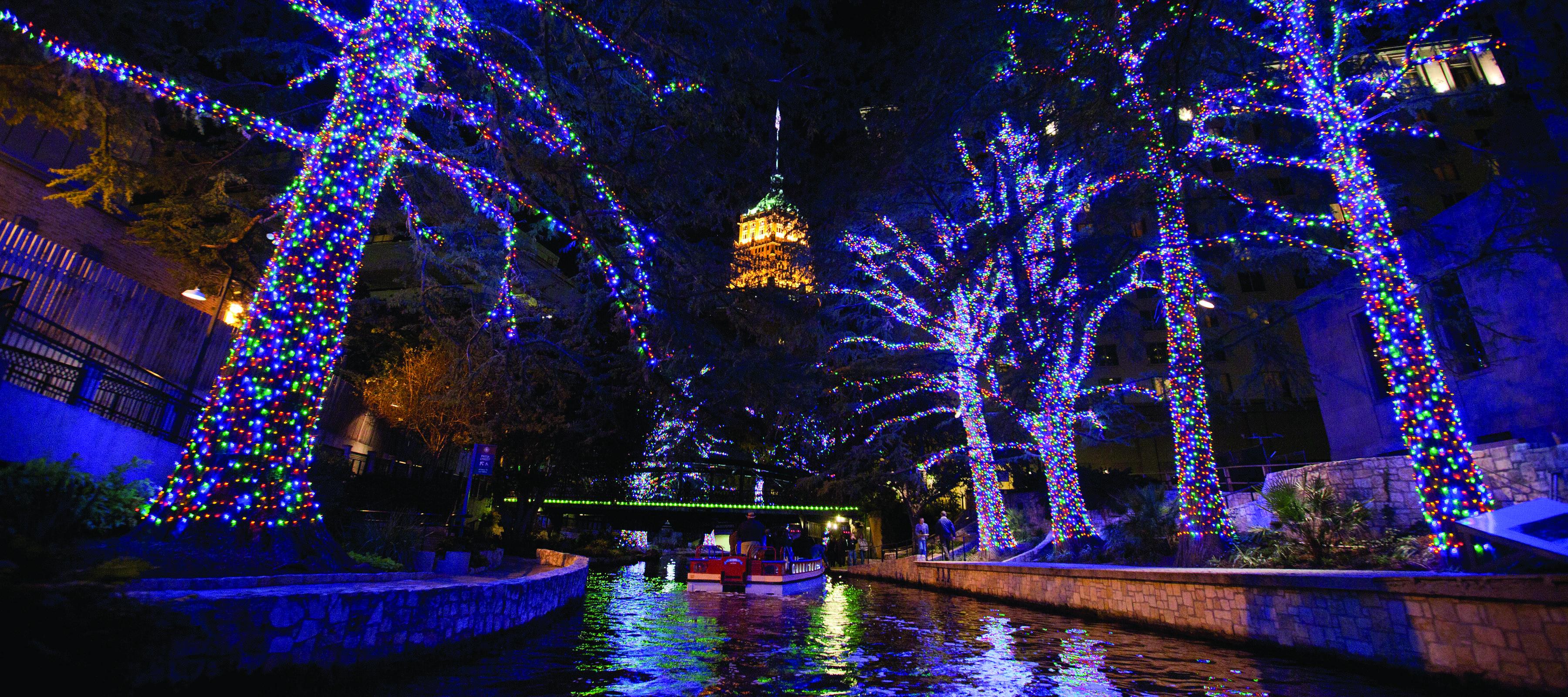 Riverwalk San Antonio Christmas.Winter In The City The Paisano