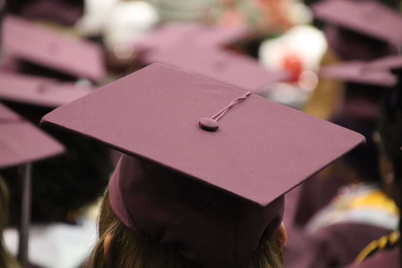 Image of a graduation cap.