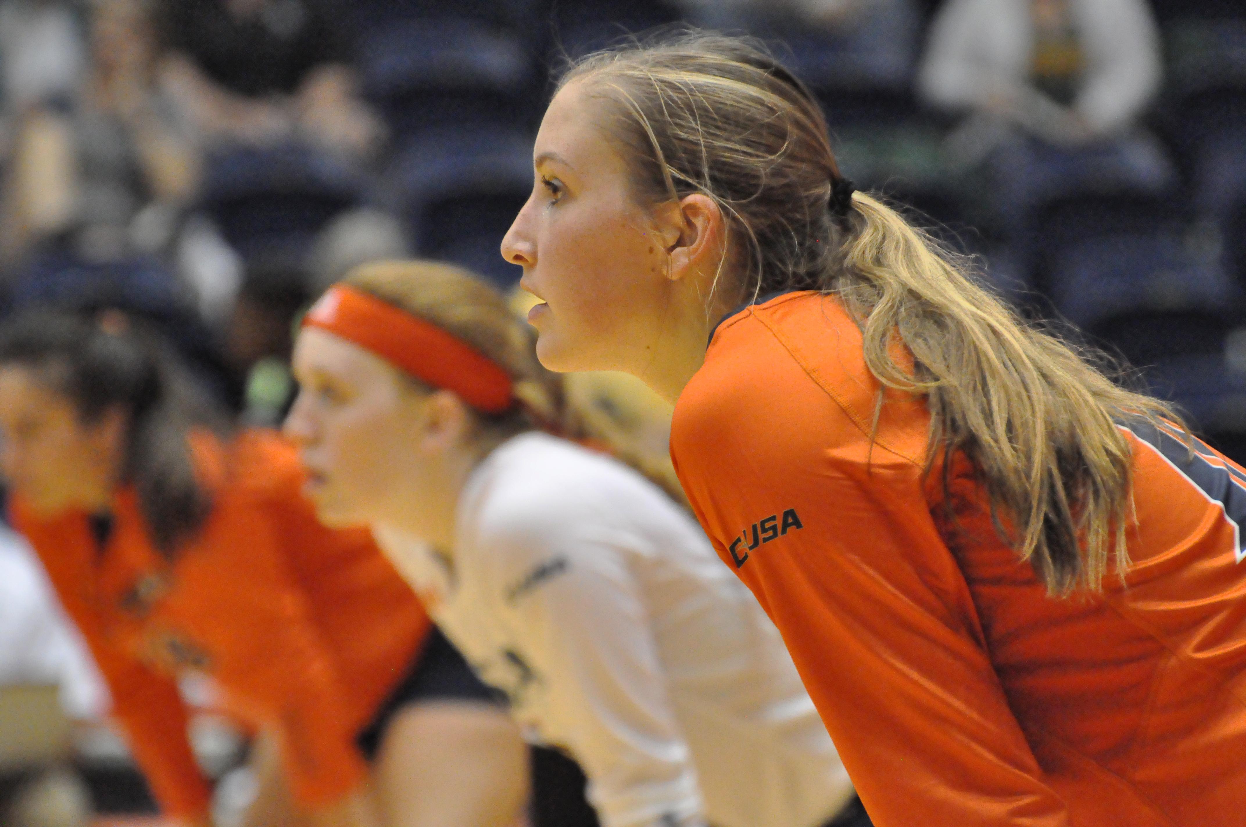 UTSA volleyball player