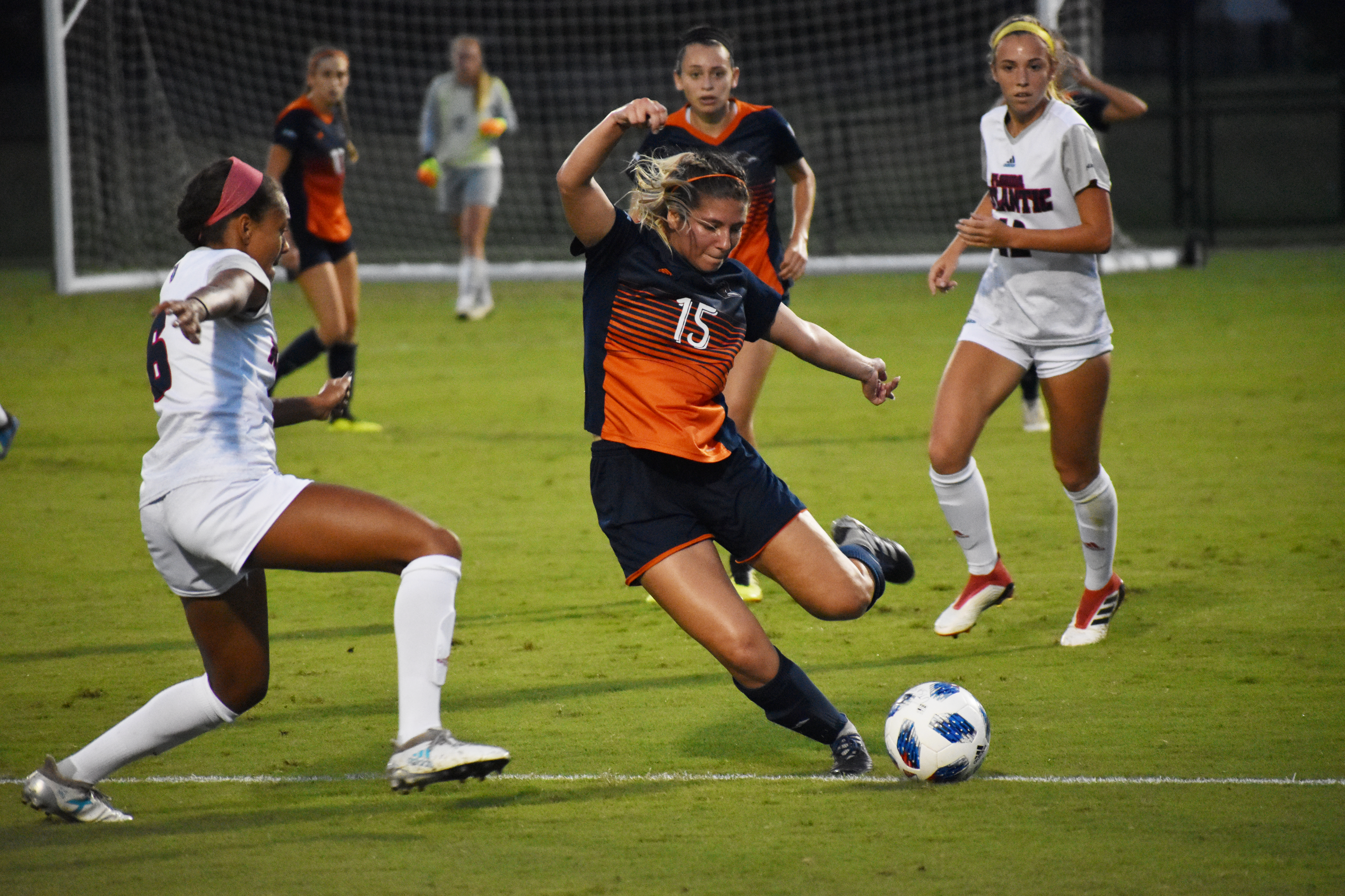 Jordan Lacy kicks a ball against FAU last Friday.